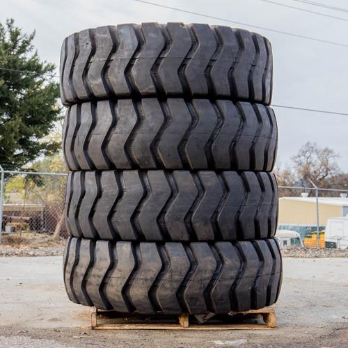 JCB 520 Telehandler Tires