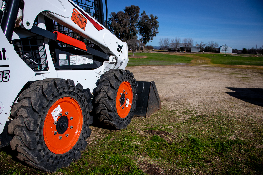 Skid_Steer_Applications