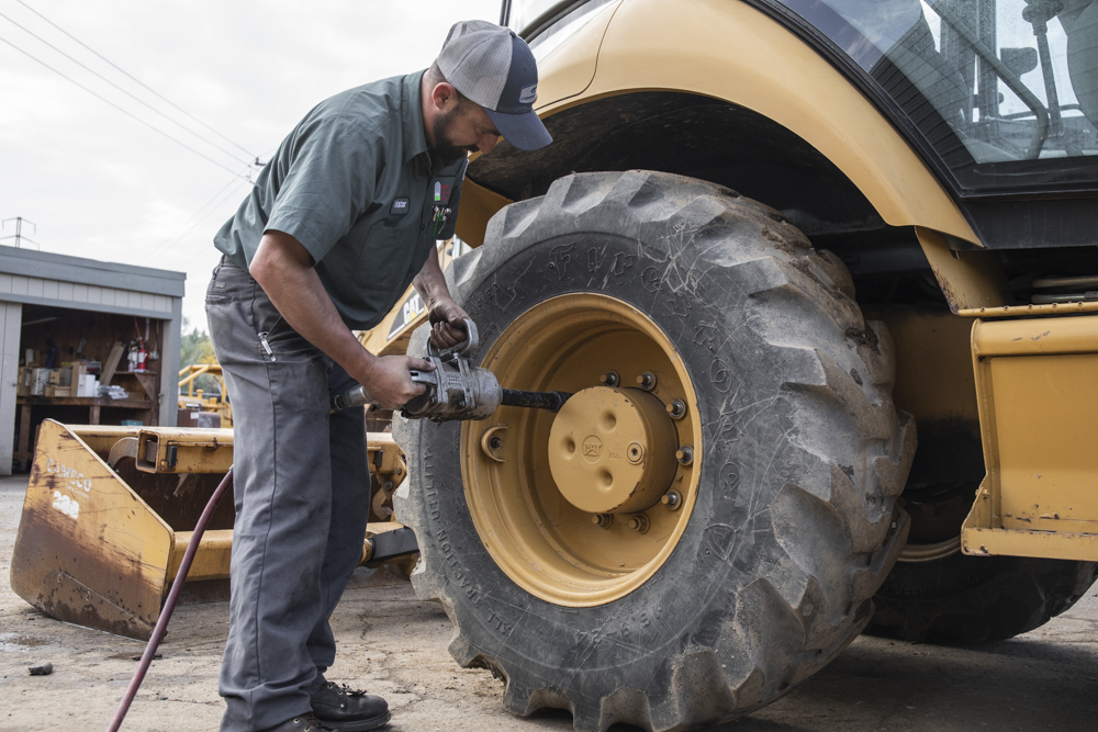 Step by Step Backhoe Tire and Skip Loader Tire Installation